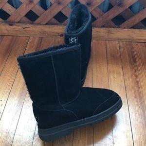 UGG Shoes - Ugg Ultra Classic Short Black Boots 9
